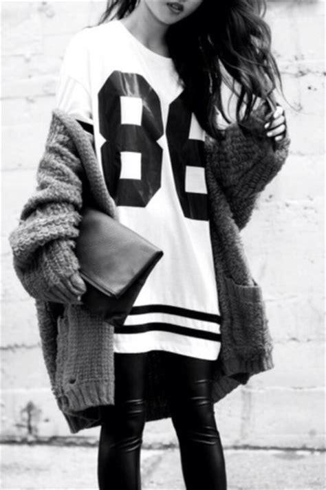Lovie Korean Bag 2 shirt number sweater clothes black