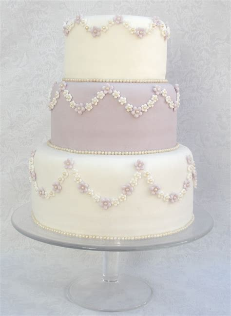 Handcrafted Cakes - moonrise wedding 187 wedding cakes