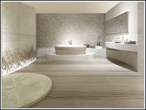 Fliesen Kaufen Badezimmer by Badezimmer Fliesen Kaufen Fliesen House Und