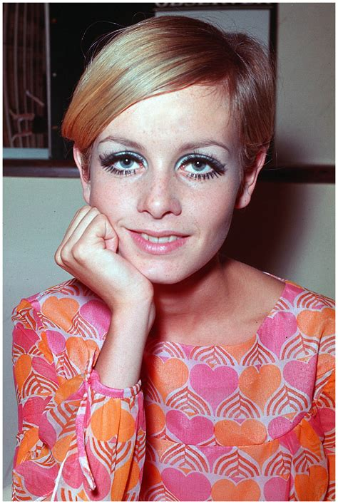 Twiggy A vision of Sixties prettiness   © Pleasurephoto