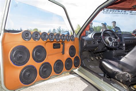 Musik Auto by Len 223 Ens Tipp Wie Laut Darf Musik Im Auto Sein Advopedia
