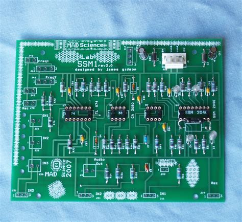 simple circuit board thecircuitboards allaboutmachines