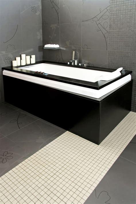 badewanne streichen schwarz gestrichene badewanne hausjournal net