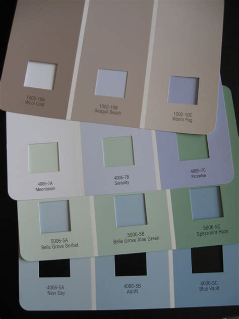 Paint Colors That Make A Room Look Bigger | paint colors to make a small room look larger how to