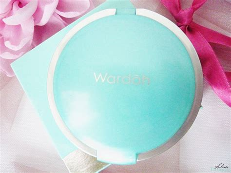 Bedak Wardah Ivory wardah compact powder ivory 03 silver treasure on a budget
