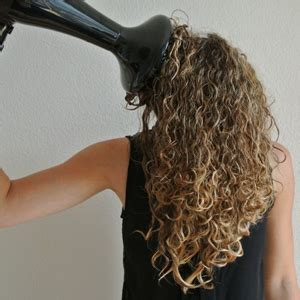 Hair Dryer Curly Hair Reviews by 6 Best Hair Dryers For Curly Hair Reviews Buying