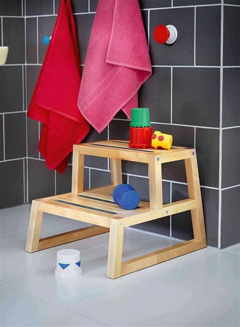 sgabello scaletta ikea un bagno a misura di bambino cose di casa