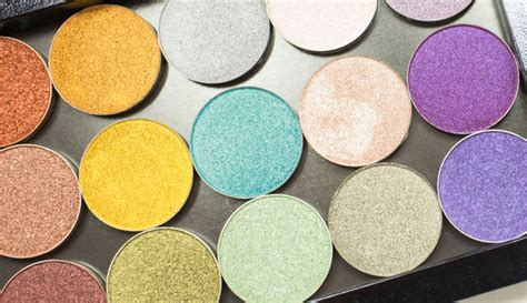 Yang Murah 4 Eyeshadow Palete 10 palet eyeshadow yang populer di musim gugur meramuda