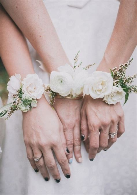 Wedding Corsages by 10 Creative Beautiful Alternative Bridesmaid Bouquets