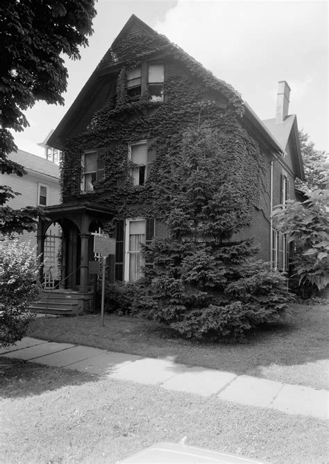 susan b anthony house file susan b anthony house jpg wikimedia commons