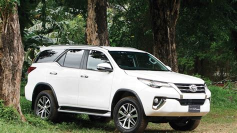 2016 Toyota Fortuner Vrz 2 4 A T drive toyota all new fortuner diesel 2 4 vrz 4x2 a t