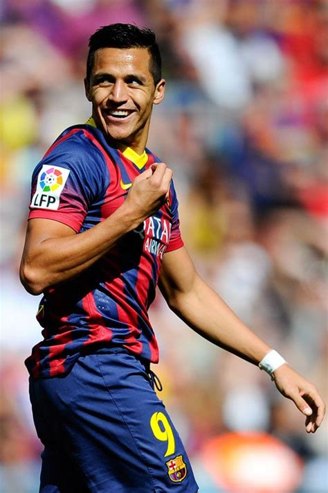 alexis sanchez soccer alexis sanchez soccer player from chile eye candy