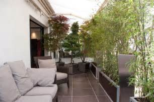 d 233 co balcon appartement