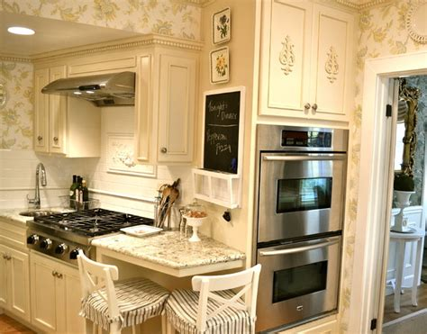tiny country kitchens www imgkid com the image kid has it tiny french country kitchen