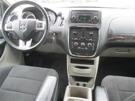 airbag deployment 2011 dodge caravan interior lighting sell used 2011 dodge grand caravan express in 10381 evendale dr cincinnati ohio united states