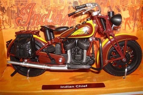Nesa Shopp Vitria Maxy chief motorradmodelle