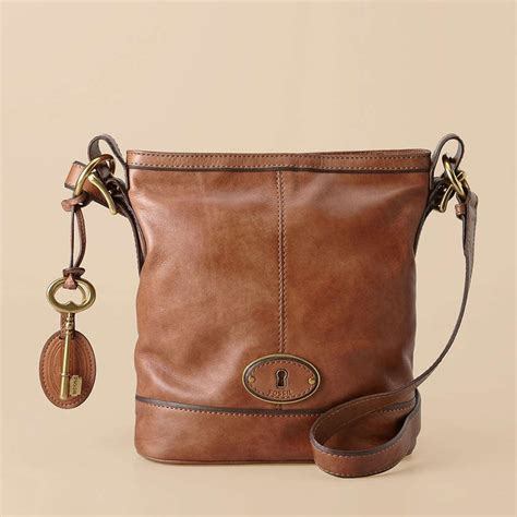 Fossils New Vintage Inspired Collection Of Handbags Surprisingly Chic by Pin By On Products I