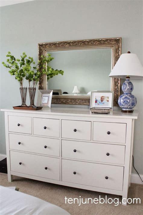 best dressers for bedroom best 25 bedroom dresser decorating ideas on bedroom dressers vintage white dresser