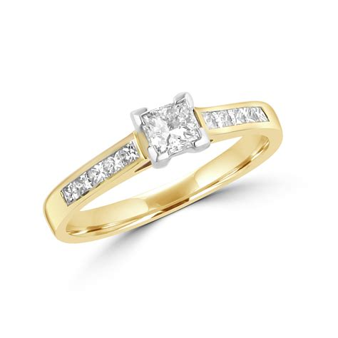 18ct yellow gold princess cut engagement ring with