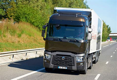 renault trucks 2014 standard equipped by recaro renault trucks t series named