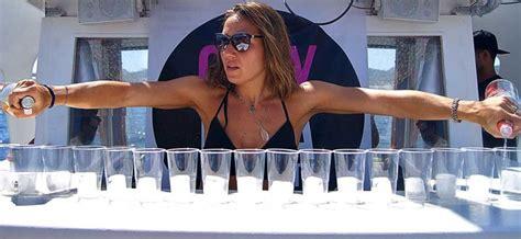 catamaran ibiza fiesta barco fiesta en barco en ibiza fiestas en catamar 225 n ibiza