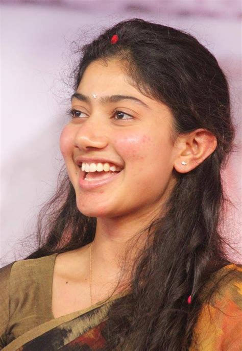 actress sai pallavi hd photos download sai pallavi new latest hd photos fidaa mca middle class
