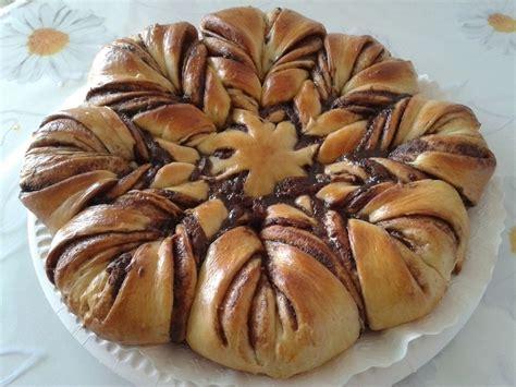fiore di brioche alla nutella la ricetta fiore di pan brioche alla nutella