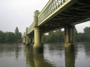thames river kew westminster river thames kew railway bridge 169 nigel cox geograph