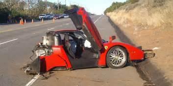 Wrecked Ferraris Wrecked Enzo Sells For 1 7 Million Business Insider