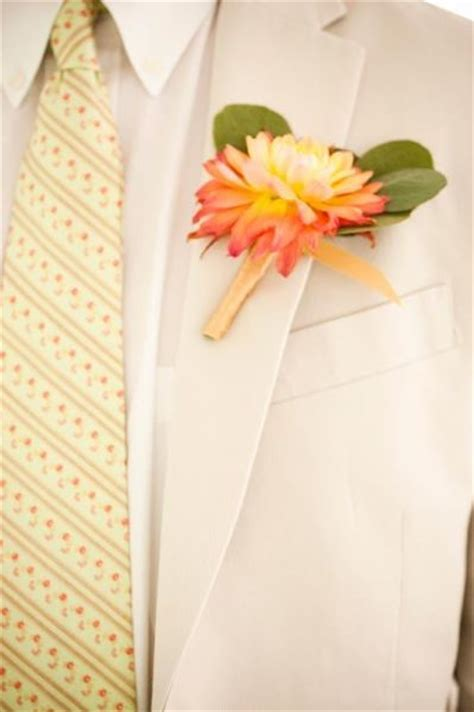 Your Wedding in Colors: Mustard Yellow and Coral   Arabia