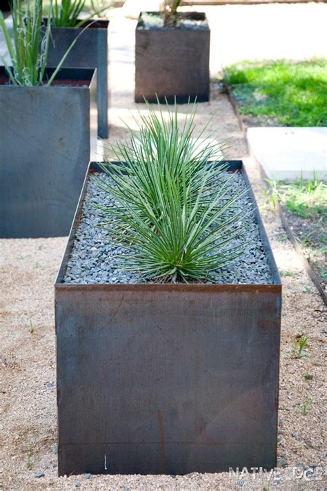 Modern Metal Planters by 25 Best Ideas About Iron Pergola On Modern