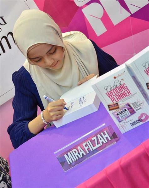 10 Gambar Top Blogger Mira Filzah   Pelakon Cinta Si