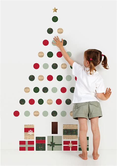 how to make a wall christmas tree 100 diy decorations that will fill your home with