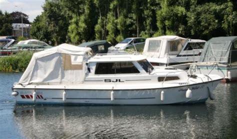 saturn boats for sale saturn 25 sjl boats for sale at jones boatyard
