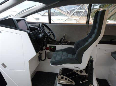 air suspension boat seats daytona crew ullman dynamics world leader in
