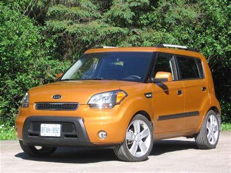 2010 kia soul first drive review car reviews car and driver test drive 2010 kia soul 4u autos ca