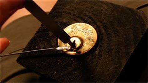 come aprire cassetta postale senza chiave mi si 232 rotta la chiave nella serratura la sta