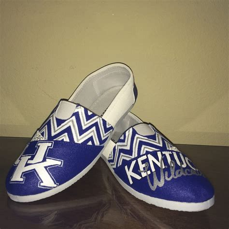 kentucky basketball shoes kentucky wildcats uk s shoes toms available
