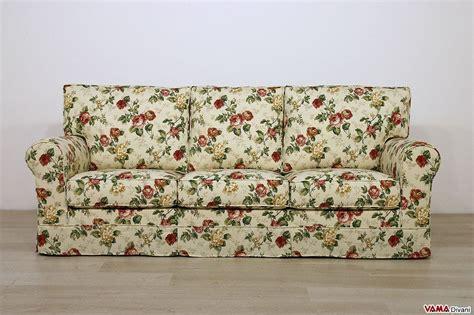 divani a fiori divano classico in tessuto sfoderabile anche su misura