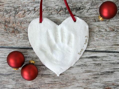 salt dough handprint christmas ornaments how tos diy