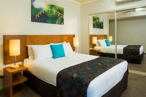 1 bedroom apartment cairns cairns resort cairns holiday apartments free night