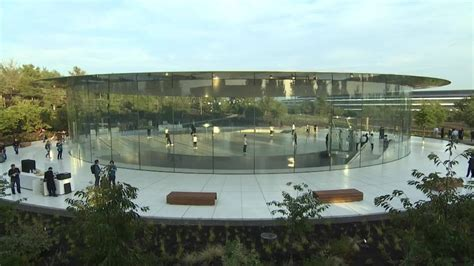apple headquarters tour first look at apple park steve jobs dream cus