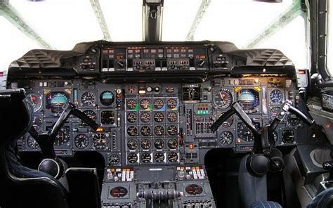 instruments in the cockpit of a modern aircraft wallpapers
