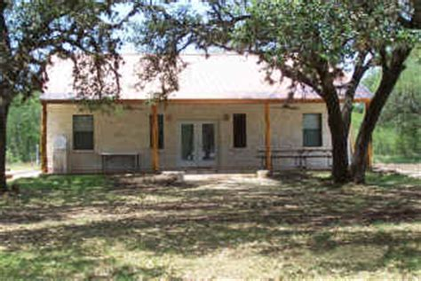 Cabins In Concan Tx by Frio Acres Vacation Cabin Rentals On The Frio River In
