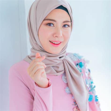 fesyen artis koria 5 cewek muslim korea yang gaya fashion hijabnya bisa