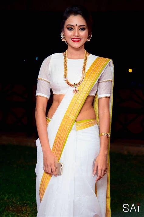 dinakshi priyasad sri lankan actress saree blouse