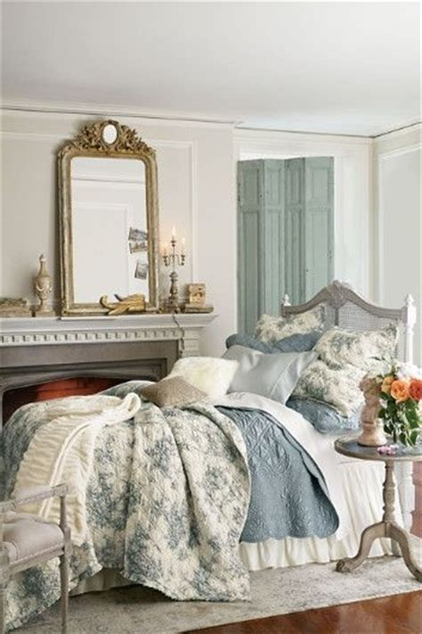 french bedroom curtains 25 best ideas about romantic country bedrooms on