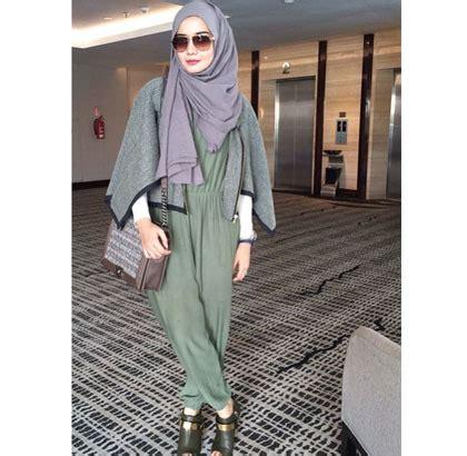 Cape Zaskia busana muslim trendy style ini cape yang populer