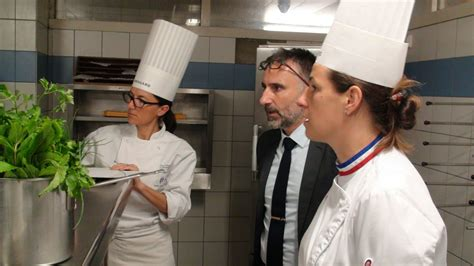 ac versailles cuisine cgm cuisine 2017 vid 233 o en cuisine h 244 tellerie