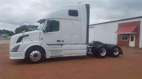 2009 volvo semi truck volvo 670 2009 sleeper semi trucks